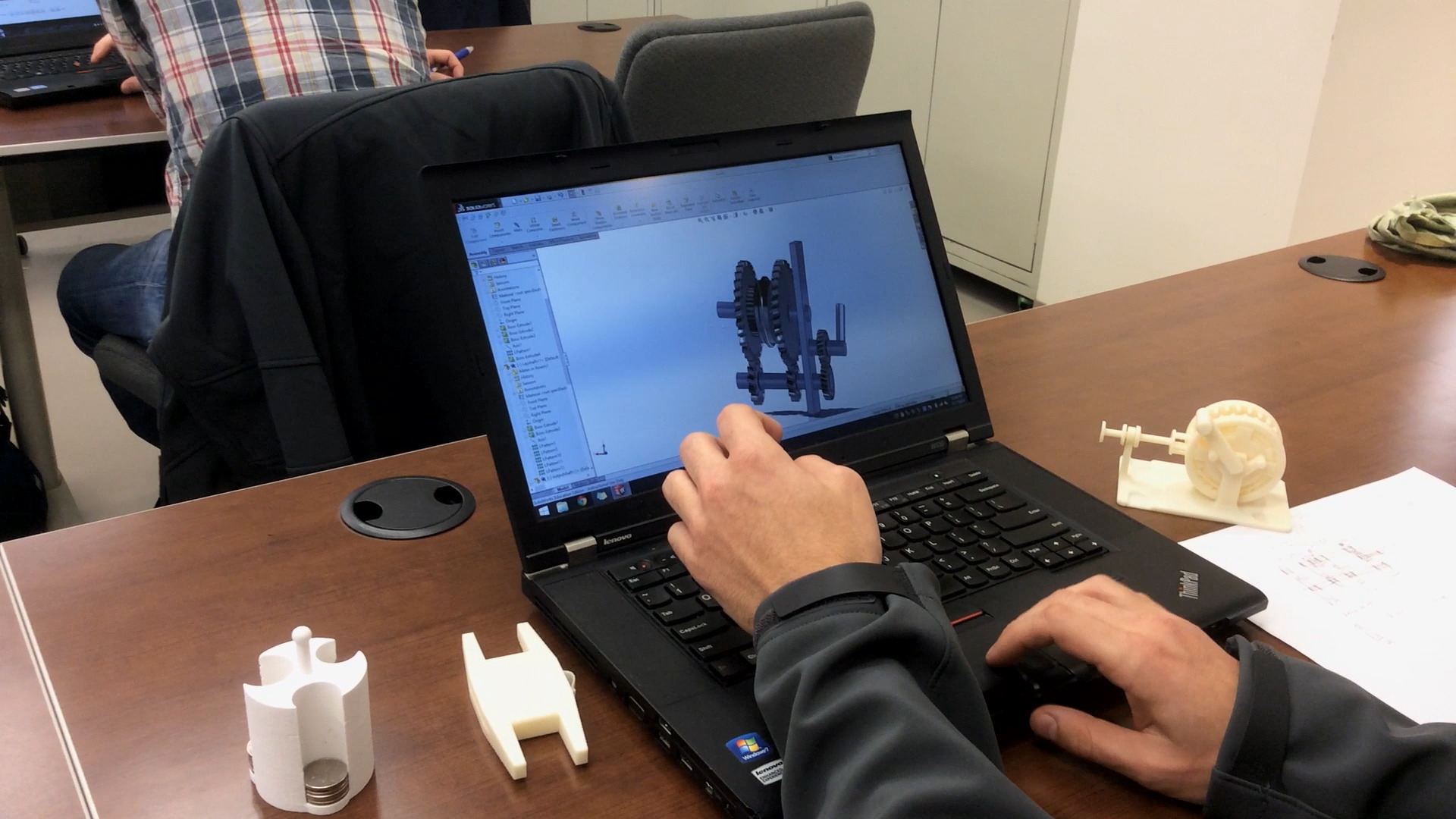 Student using GRABCAD software.