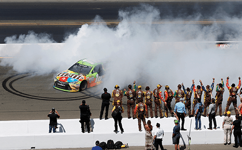 Kyle Busch wins Sonoma in JGR's No. 18 M&M's Crispy Toyota.