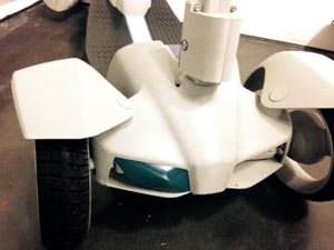Softer components for the e-floater scooter were prototyped using PolyJet digital materials, while durable parts were created using ASA plastic on a Stratasys FDM 3D printer.